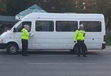 Șofer de maxi-taxi, prins beat la volan de polițiștii argeșeni