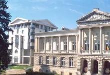 Despre evoluţia drapelului României, la Muzeul Judeţean