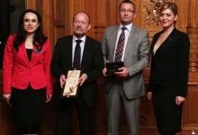 Deputatul PSD Simona Bucura Oprescu, discuţii cu președintele Consiliului Național al Adunării Națio...
