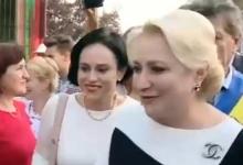 Simona Bucura Oprescu și Viorica Dăncilă, baie de mulțime, la Bogați