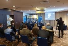 Întâlnire între oameni de afaceri din Argeș și secretarul de stat pentru IMM-uri, Liviu Rogojinaru